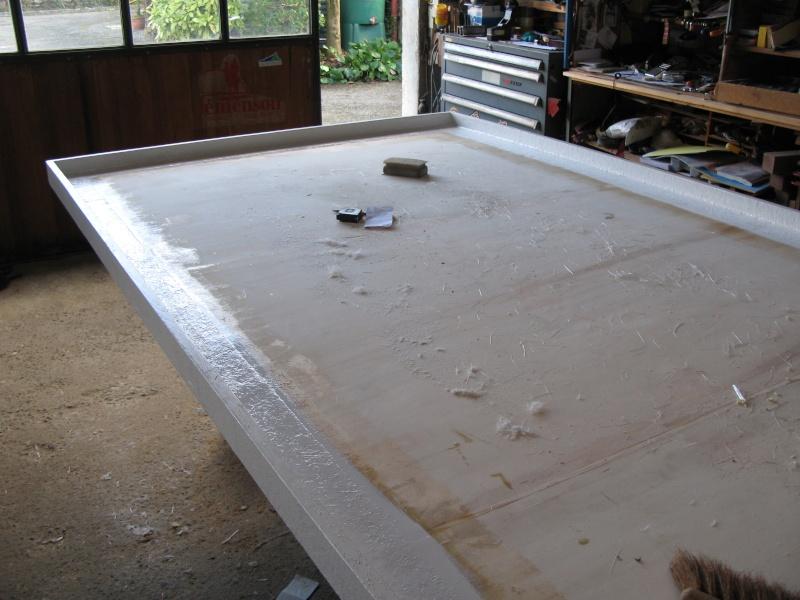 peinture douche fibre de verre la partie suprieure la. Black Bedroom Furniture Sets. Home Design Ideas