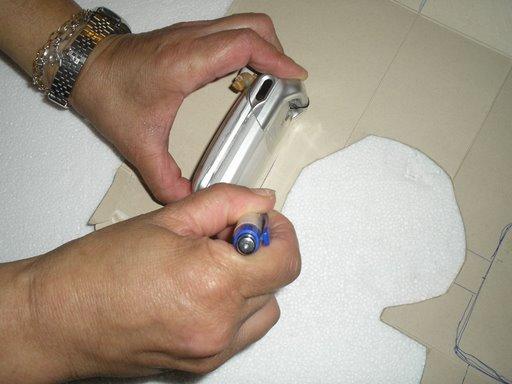 طريقة صنع حامل الهاتف النقال