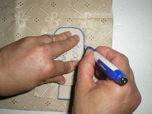 طريقة صنع حامل الهاتف النقال  بخيوط المكراميه 09_ris10.jpg