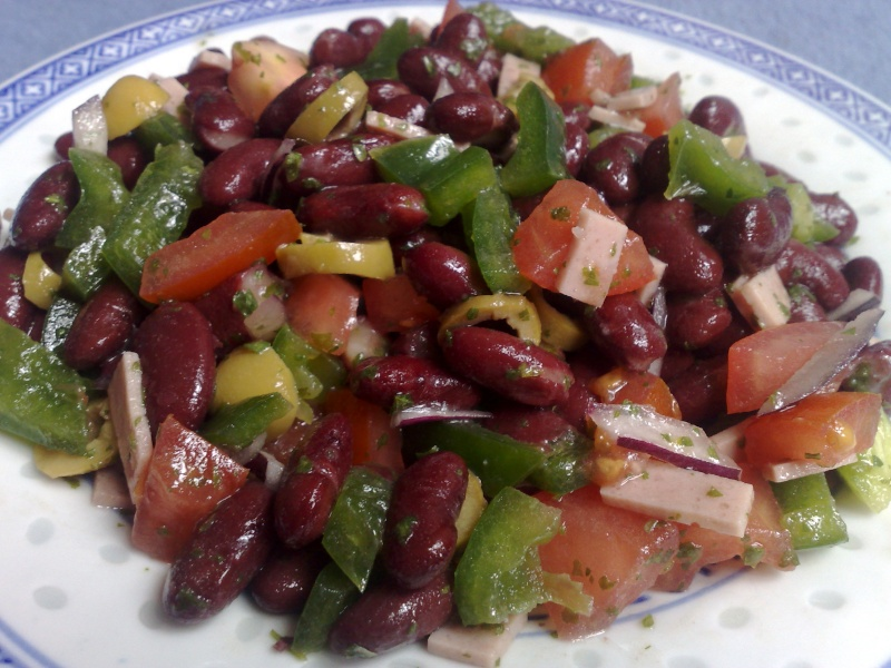 salade d 39 haricot rouge oum yusuf et ses recettes. Black Bedroom Furniture Sets. Home Design Ideas