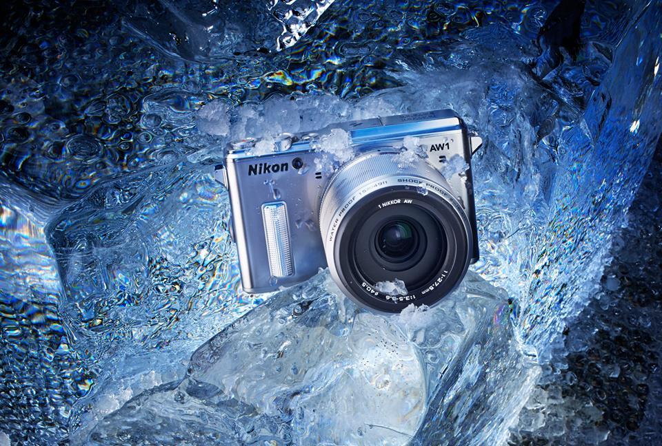 Nikon 1 AW1, le premier hybride étanche et anti-choc
