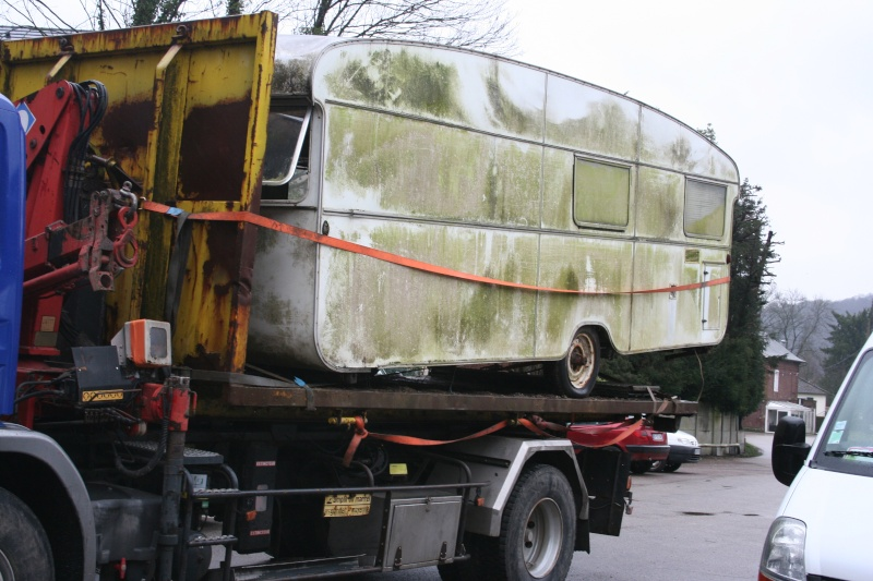 restauration dune caravane type mobil home theillay 650 loft vintage page 1. Black Bedroom Furniture Sets. Home Design Ideas