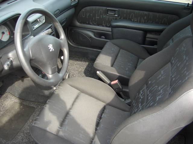 106 sport for Interieur 106 sport