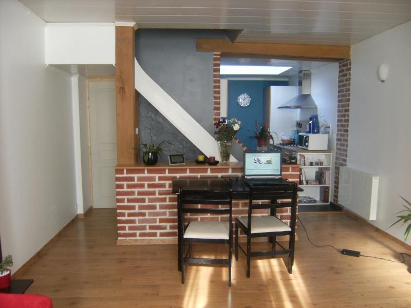 petit salon. Black Bedroom Furniture Sets. Home Design Ideas