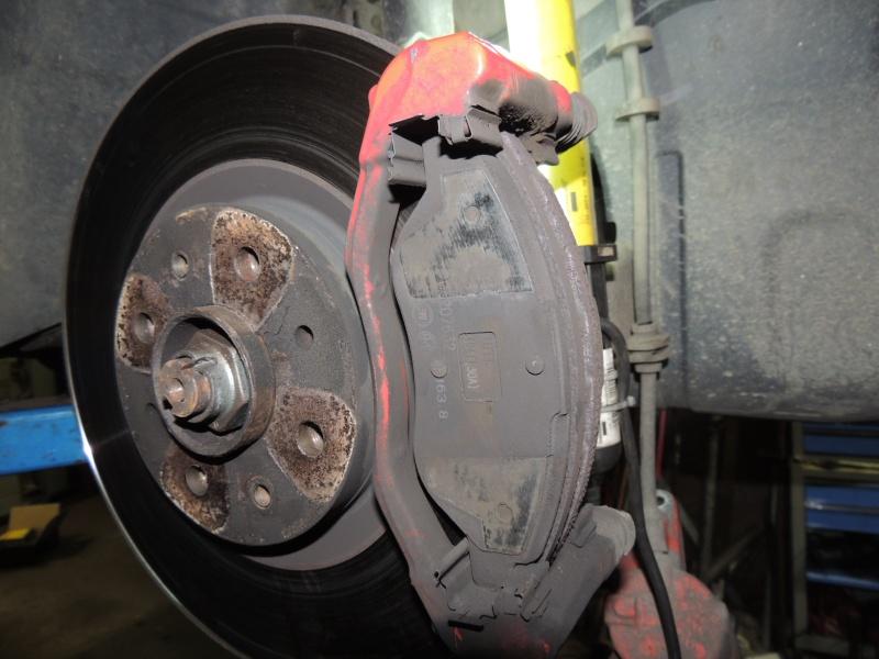 changement disque et plaquettes de frein avant joscuderia