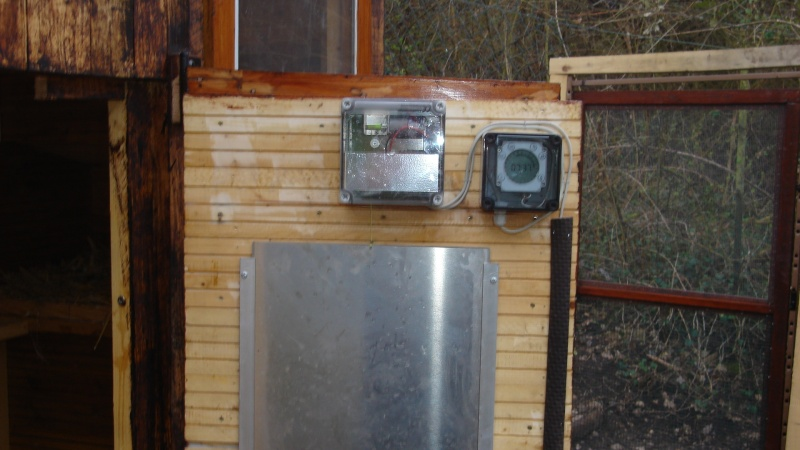 Fermeture automatique du poulailler page 2 - Porte automatique poulailler ...